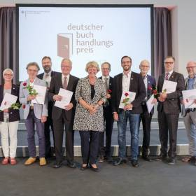 """StM Monika Grütters (BKM): Verleihung Deutscher Buchhandlungspreis am 31.08.2017 in Hannover, Schloss Herrenhausen, Preisträger Kategorie """"undotierte Gütesiegel"""" Foto: © Kai-Uwe Knoth Termin-Nr. 188622"""